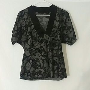 New York & Company  Black Floral Top Small